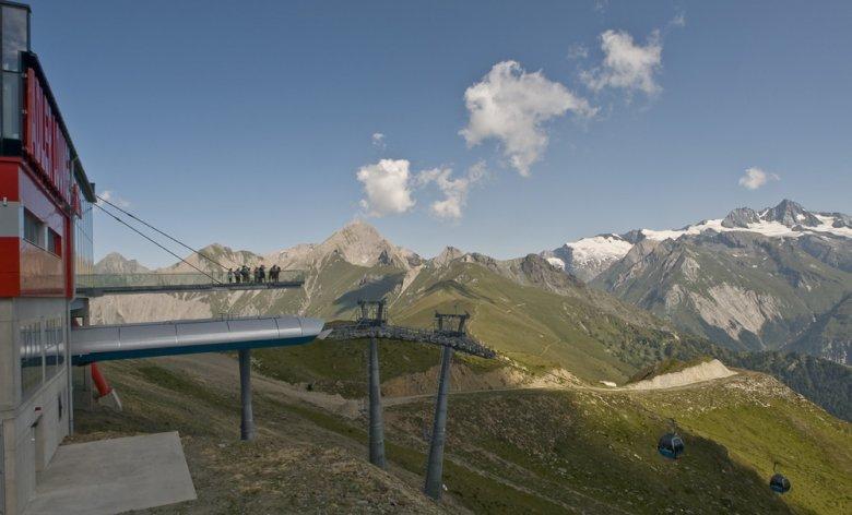 Panorama dall' Adler Lounge nel Tirolo Orientale, Foto: schultz-ski.at