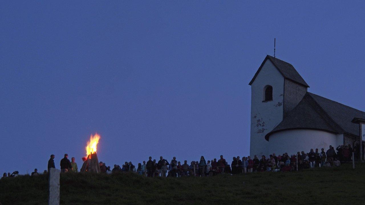 Fuoco del solstizio alla Hohe Salve, © Kitzbüheler Alpen - Ferienregion Hohe Salve
