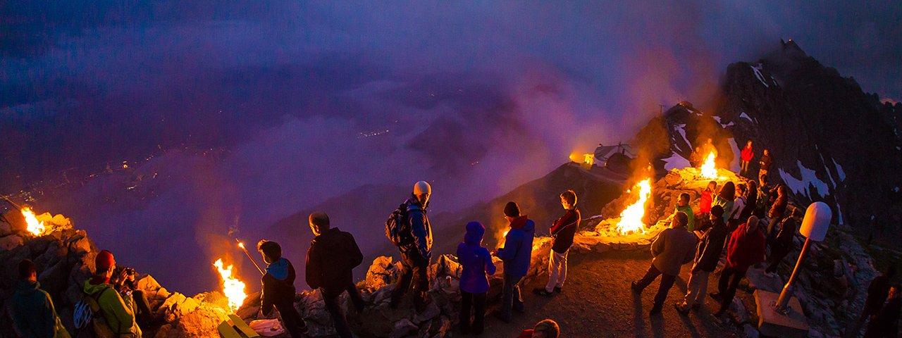 I fuochi del solstizio sulla Nordkette di Innsbruck, © Webhofer / W9 Werbeagentur
