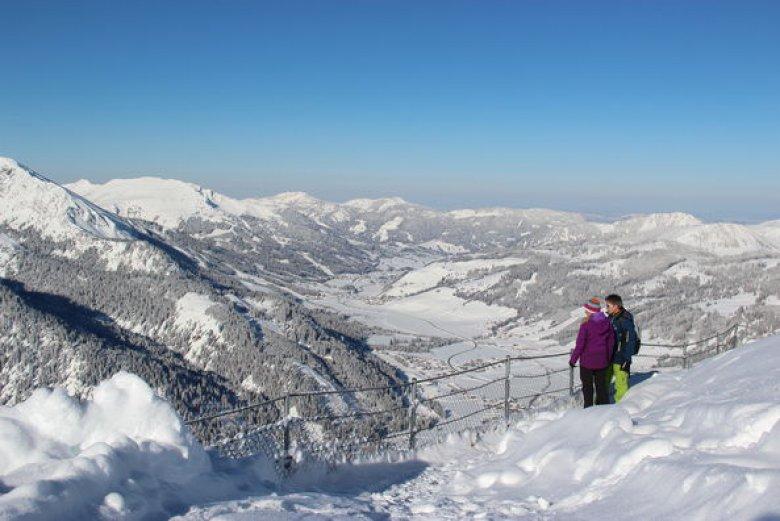 Escursioni invernali nella valle Tannheimer Tal (Foto: TVB Tannheimer Tal)