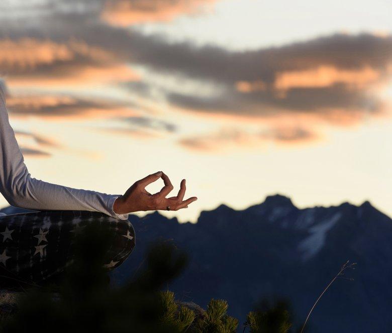 Yoga in Tirolo , © Tourismusverband St. Anton am Arlberg, Patrick Säly