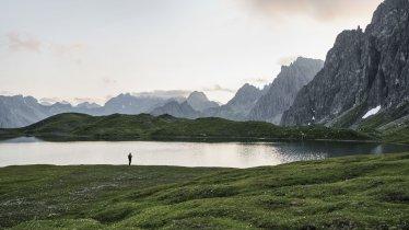 Il laghatto Steinsee nelle Alpi della Lechtal, © Tirol Werbung/Sebastian Schels
