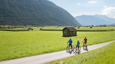 La pista ciclabile della Gurltal tra Imst e Nassereith, © Tirol Werbung/Frank Bauer