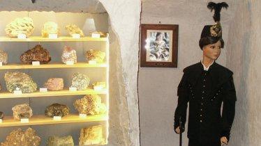 La sala dei minerali al museo dei minatori di Hall in Tirol, © Region Hall-Wattens