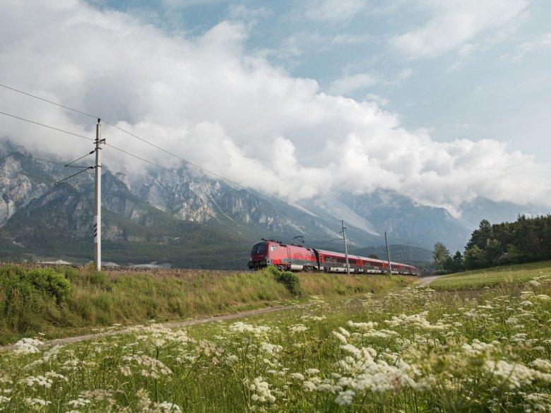 Molte gite sono perfette per chi si sposta in treno o con l'autobus.