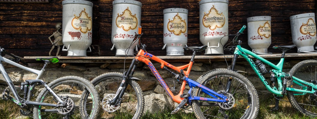 Tour con la MTB alle malghe, © Tirol Werbung / Neusser Peter