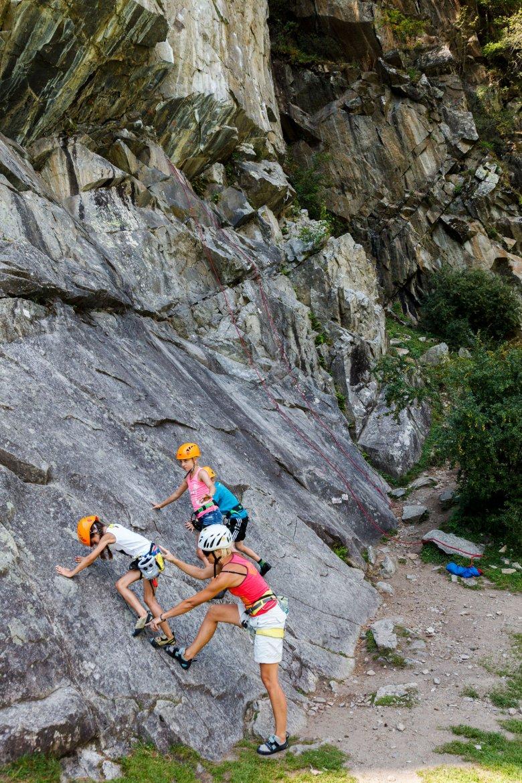 Un paradiso dell'arrampicata per grandi e piccini è, per esempio, la Pitztal. , © Tirol Werbung, Hans Herbig