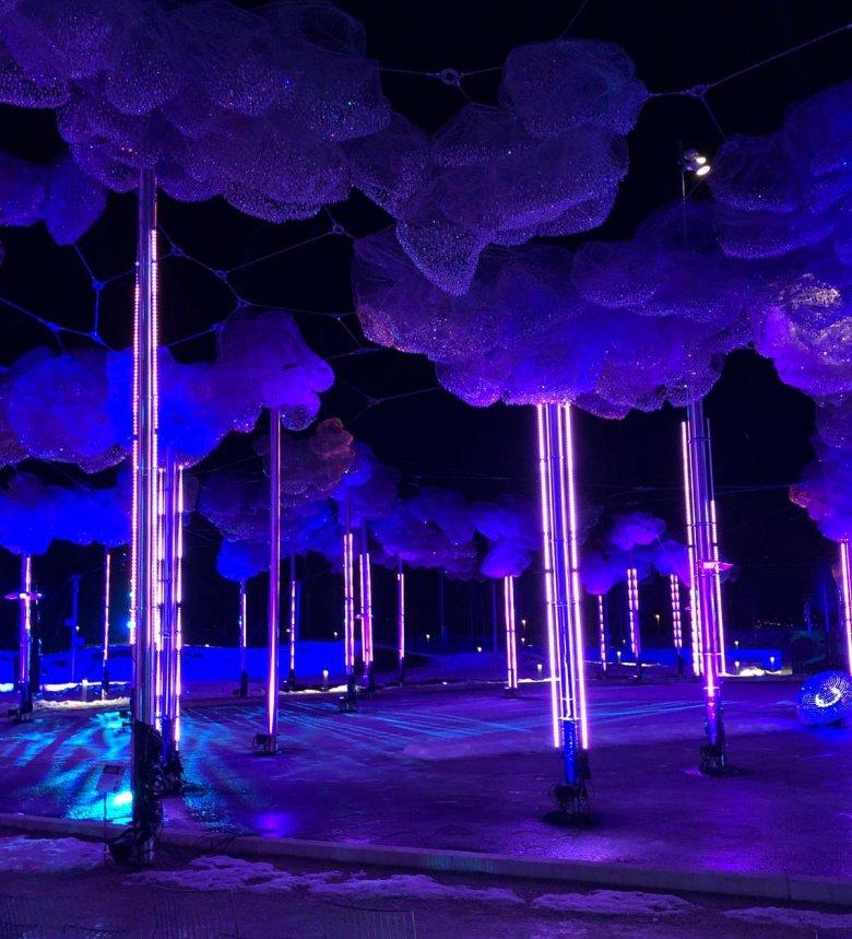 La gigantesca Nuvola di Cristallo con oltre 800.000 cristalli