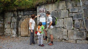 Cunicolo König-Max-Stollen alla fine del sentiero storico dell'acqua salina, © Region Hall-Wattens