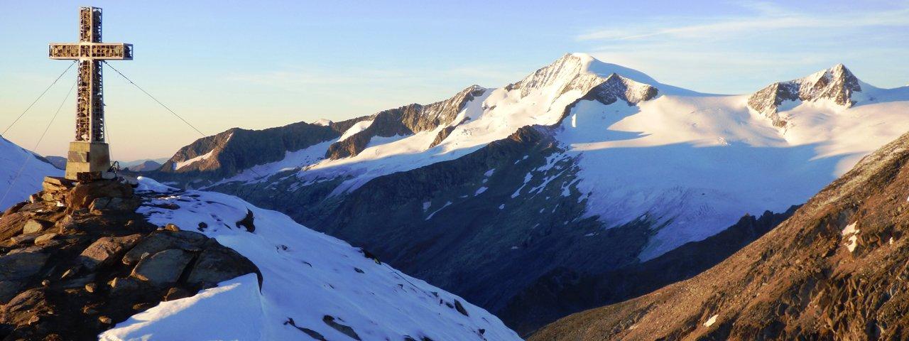 La cima Kreuzspitze con vista sul Venediger, © Friedl Kratzer