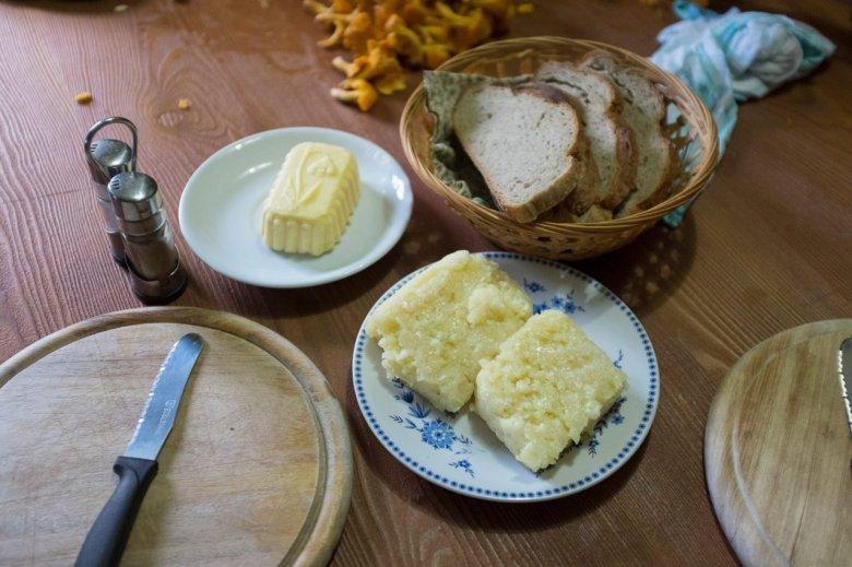 Di propria produzione: La malga Falbesoner Ochsenalm è rimasta una delle poche della zona dove si producono ancora latte, burro e formaggio.