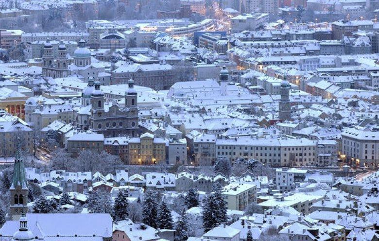 La città di Innsbruck in bianco (Foto: Tirol Werbung, Bernhard Aichner)