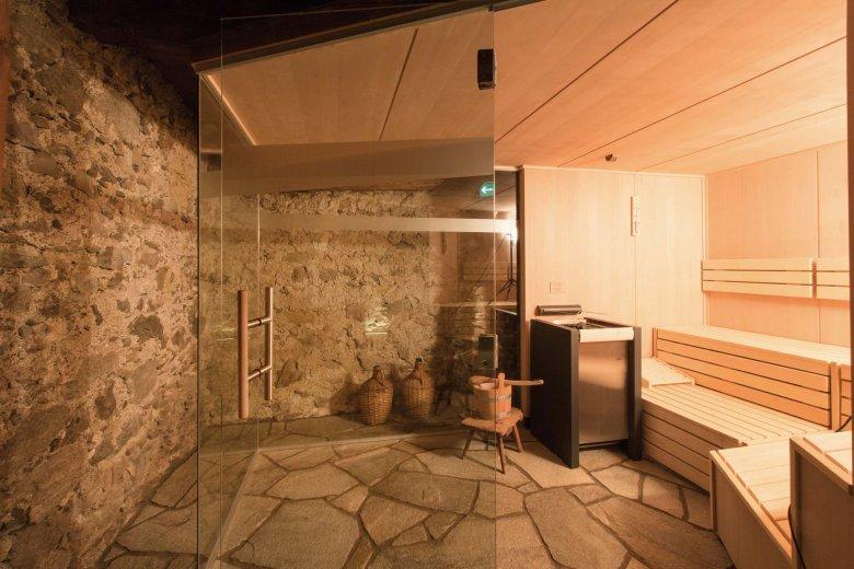 Tecnologia moderna in struttura antica: niente è più piacevole di una sauna in cantina in una fredda giornata invernale (Tutte le foto sono di: Hof Alpenjuwel)