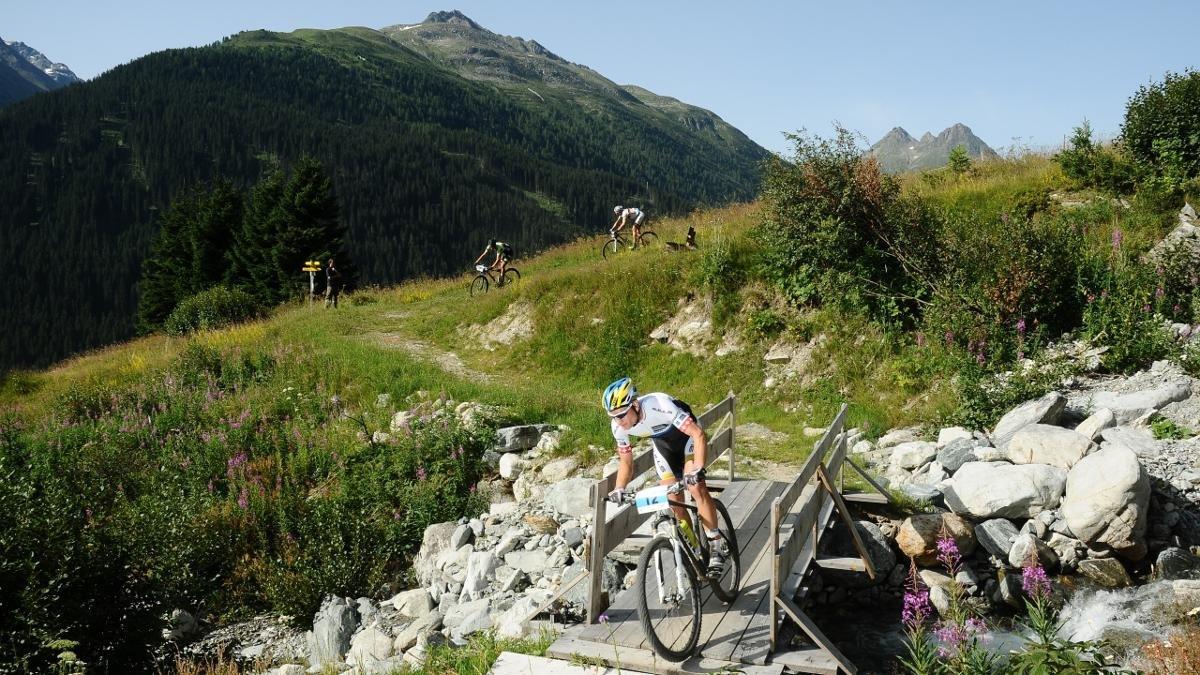Anche in estate Ischgl ha d'offrire tantissimo. La maratona mountain-bike Ironbike, famosa su tutto il mondo, viene considerata una gara impegnatissima, © Paznaun-Ischgl