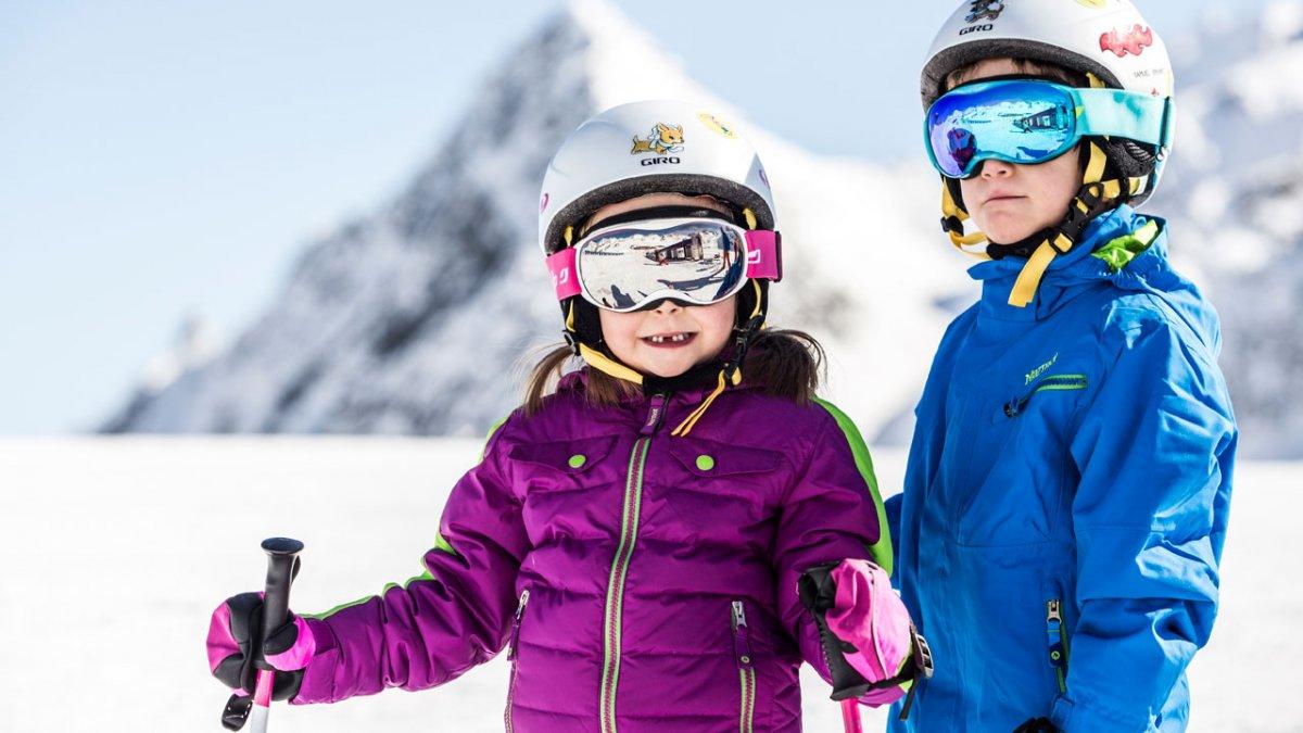 Il ghiacciaio dello Stubai è il più grande comprensorio su ghiacciaio di tutta Austria ed è famoso come ghiacciaio per le famiglie. I buongustai possono gustare pasta fresca prodotta nel pastificio più alto del mondo e ricette della cucina pluripremiata nel ristorante Schaufelspitze.