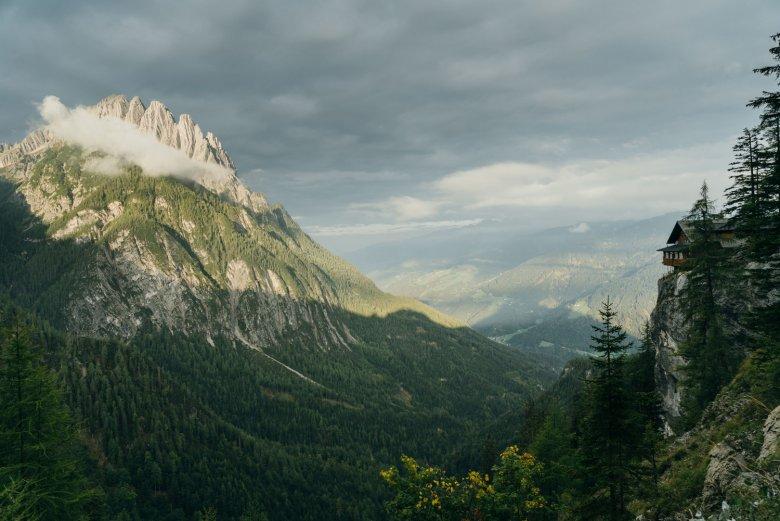 Il rifugio Dolomitenhütte è conosciuto per la sua buona cucina. , © AlpinPlattform Lienz, Sam Strauss Fotografie