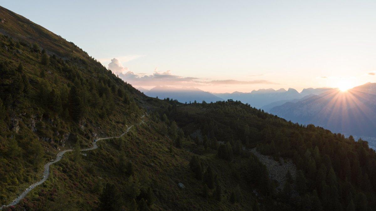 Il tramonto al Sentiero dei pini cembri