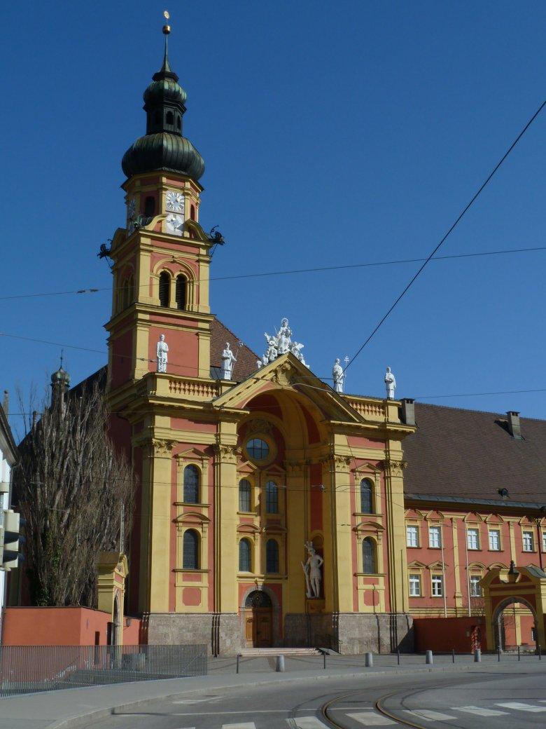L'Abbazia di Wilten a Innsbruck, fu davvero costruita dal gigante Haymon? Foto: Tirol Werbung/Bernhard Aichner
