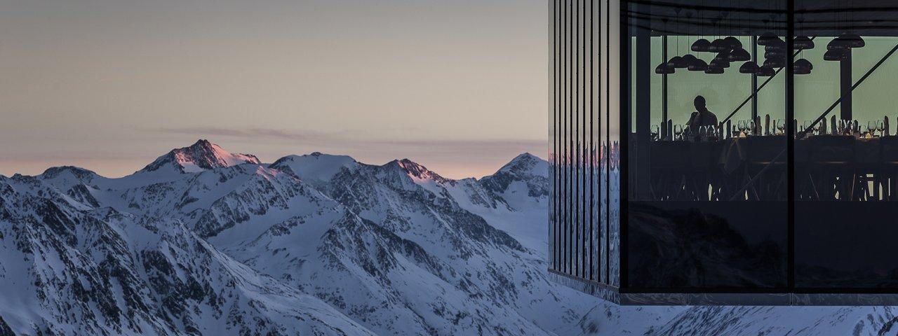 """Il ristorante Ice-Q nel comprensorio a Sölden dove è stato girato James Bond """"Spectre"""", © Ötztal Tourismus/Rudi Wyhlidal"""