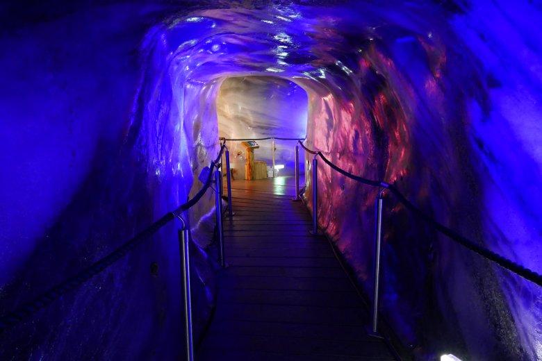 Grotta di ghiaccio Ghiacciaio dello Stubai.