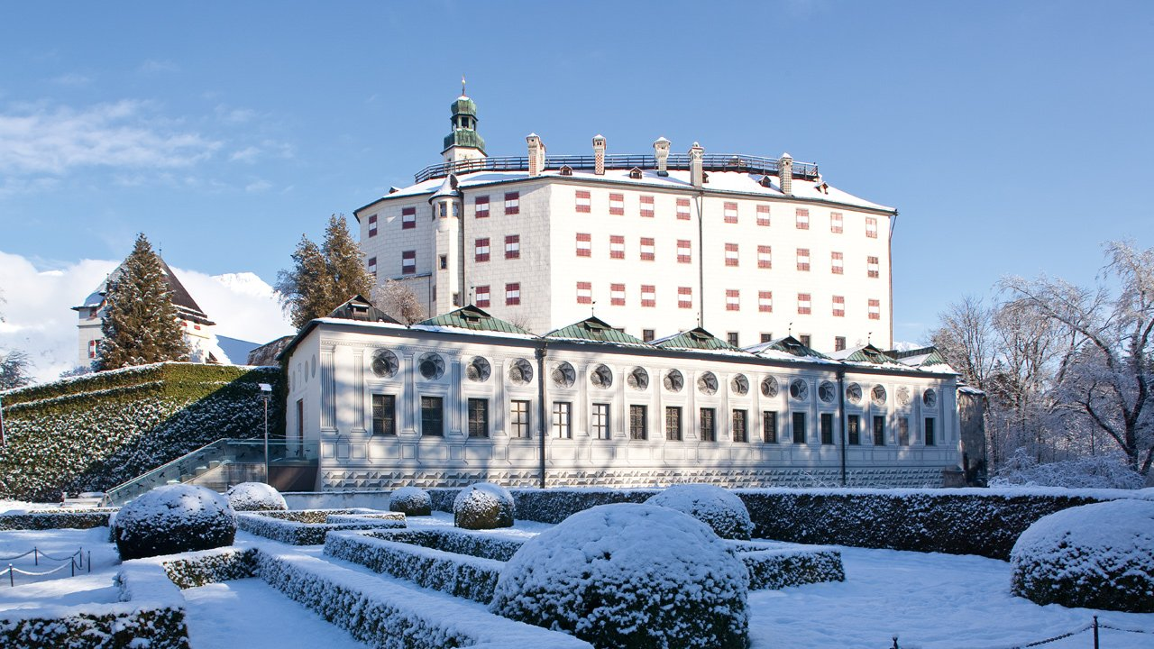 Il castello Ambras in inverno, © TVB Innsbruck/Christoph Lackner
