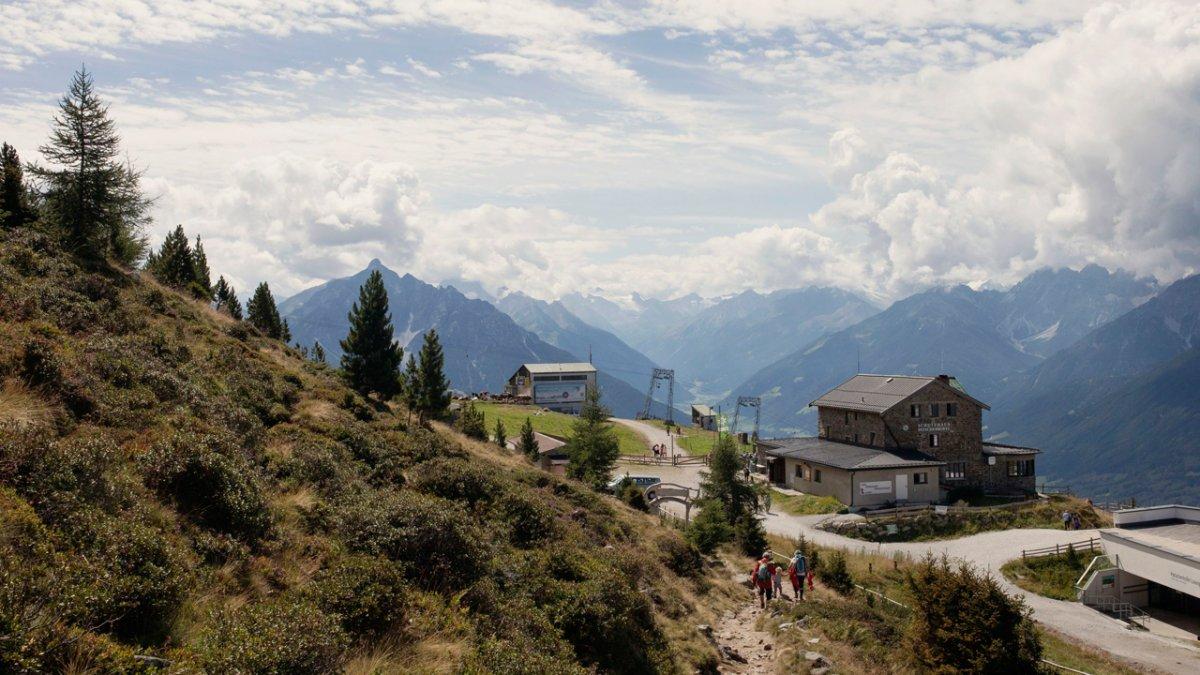 Sentiero dell'aquila: il sentiero Zirbenweg al Patscherkofel, © Tirol Werbung