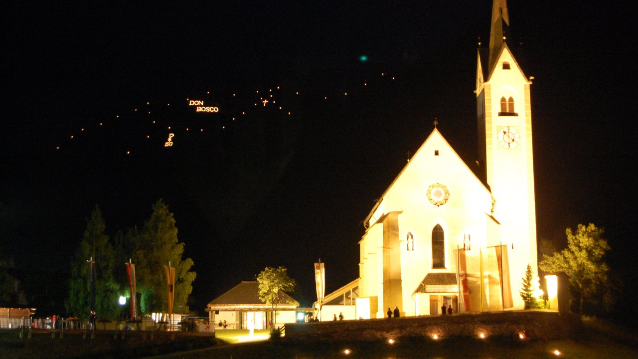 Fuoco del solstizio a Kartitsch, © TVB Osttirol