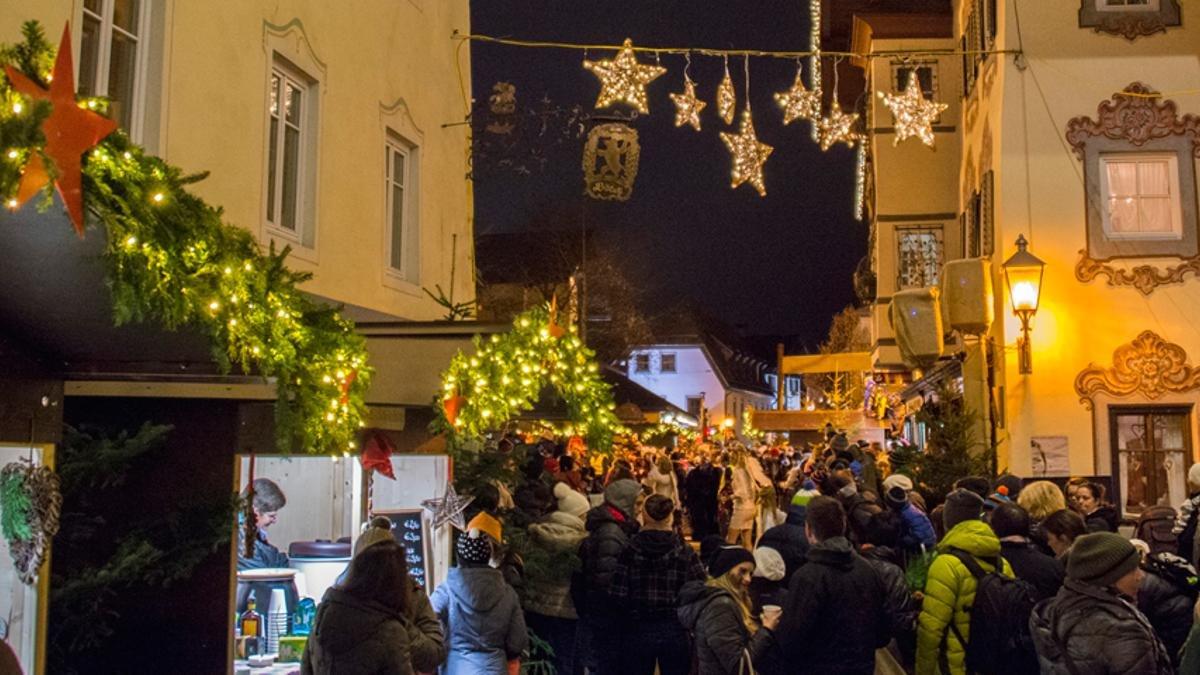 Il mercatino di Natale di St. Johann, © Hannes Hofinger