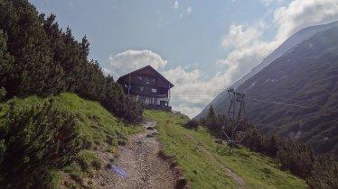 Sentiero dell'aquila, tappa 14: Innsbruck – Rifugio Solsteinhaus, © Tirol Werbung/Johne Katleen