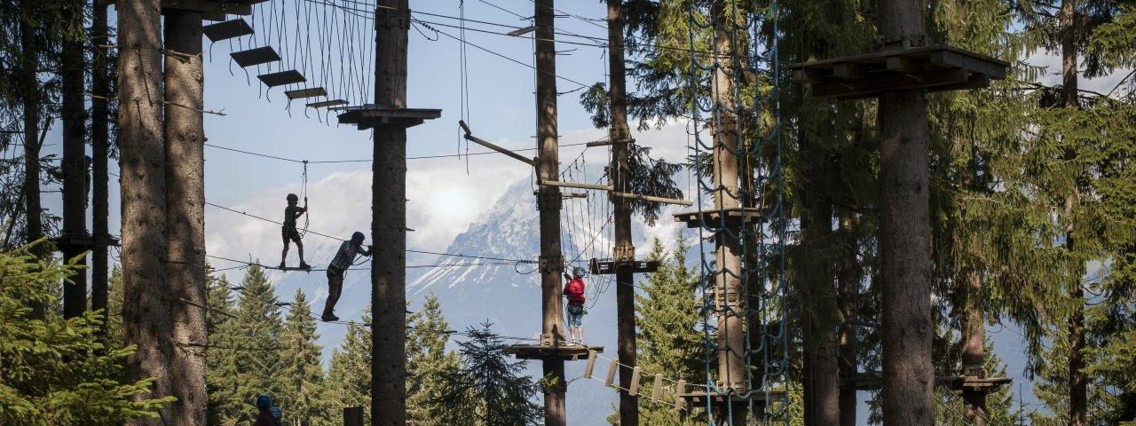 Il parco a funi sospese Hornpark Kletterwald a St. Johann in Tirol, © Tirol Werbung/Monika Höfler