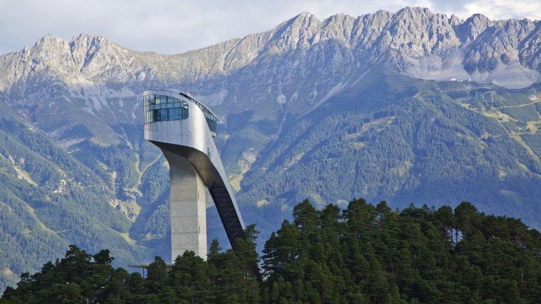 Trampolino Bergisel con vista sulla Nordkette, © Innsbruck Tourismus/Christof Lackner