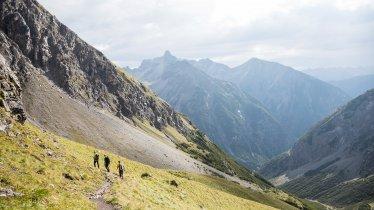 Sentiero dell'aquila, tappa 22: Rifugio Memminger Hütte – Rifugio Ansbacher Hütte, © Tirol Werbung/Dominik Gigler