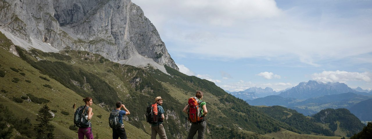 Escursione verso la malga Regalm nelle montagne del Wilder Kaiser, © Tirol Werbung/Jens Schwarz