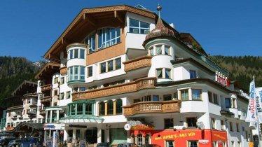 Hotel Gletscher & Spa Neuhintertux d'estate, © Hotel Gletscher & Spa Neuhintertux