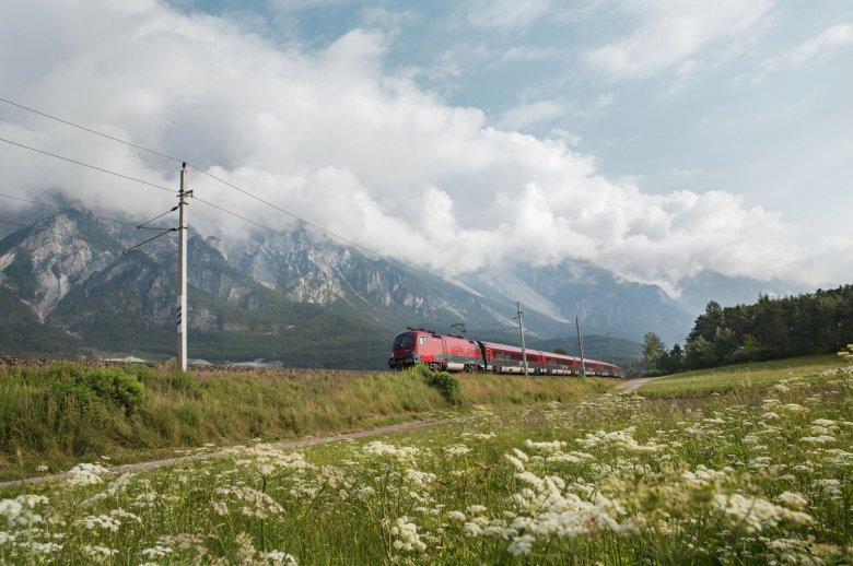 Molte gite sono perfette per chi si sposta in treno o con l'autobus. , © Tirol Werbung, Regina Recht