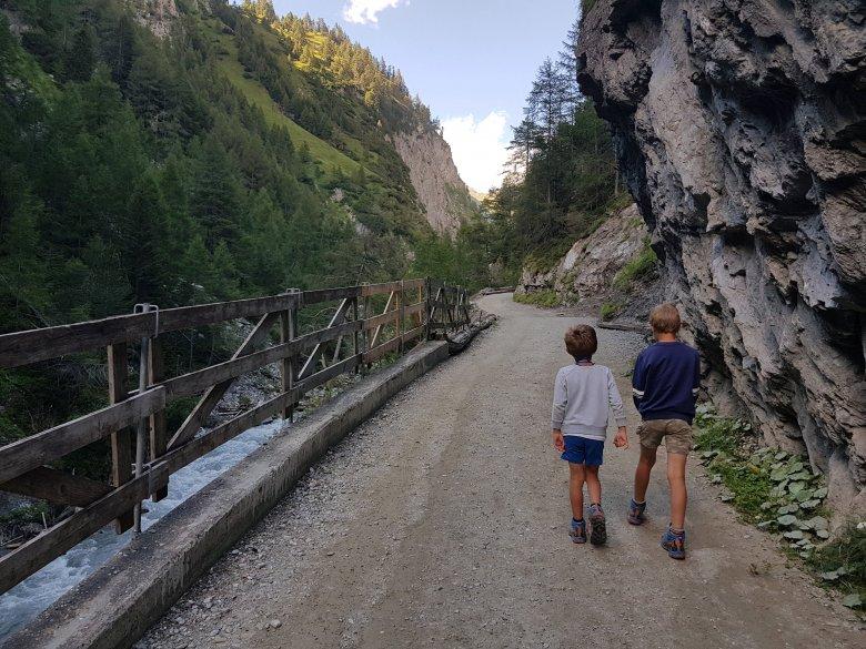 Il sentiero nella gola Dabaklamm. , © Azzura Forti