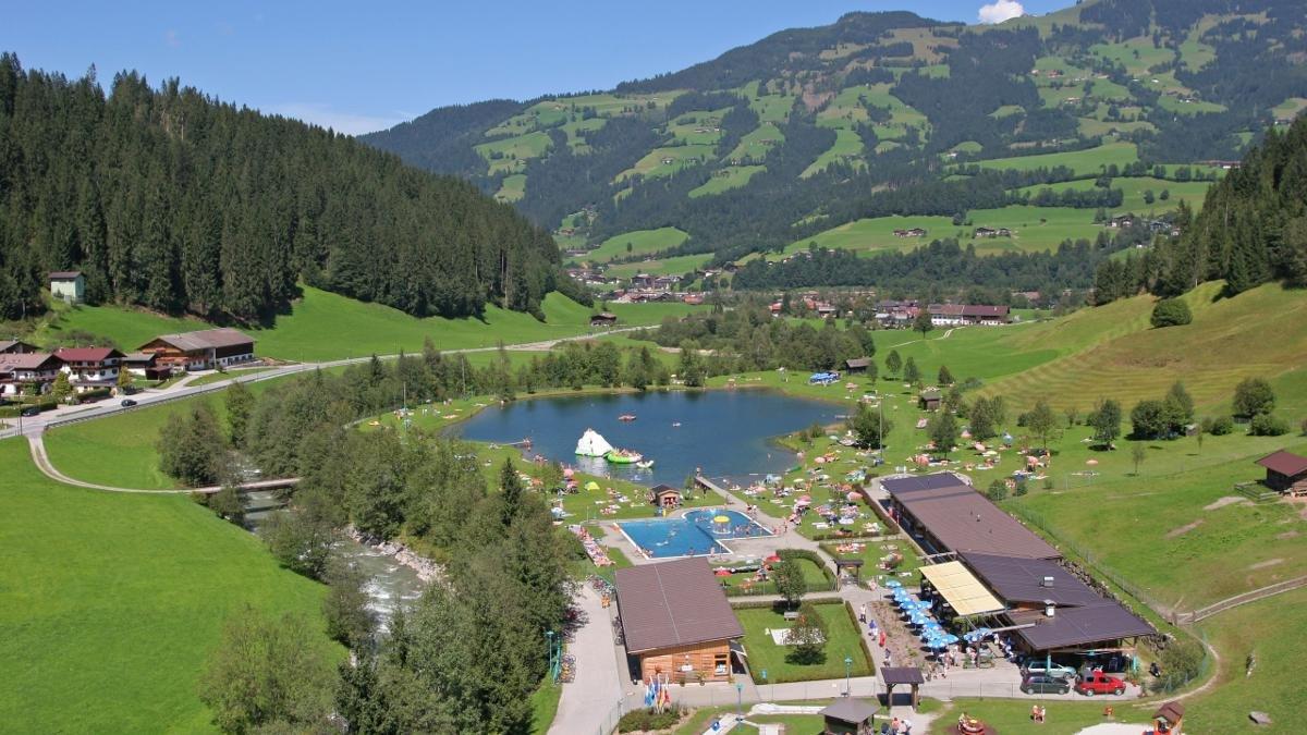 Il parco d'avventura ha tanto d'offrire addirittura anche un lago balneabile., © Simon Oberleitner